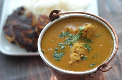 Chicken Kuzhambu | Beginners Chicken Curry (VIDEO)